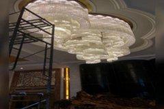 灯饰清洗现场施工
